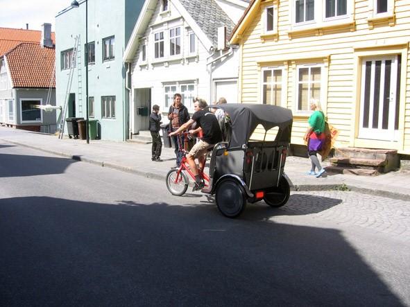 pedicab1_pos.jpg